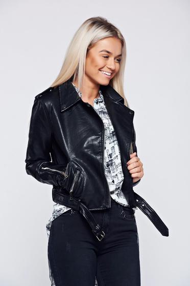 Fekete hétköznapi műbőr dzseki cipzáros zsebek