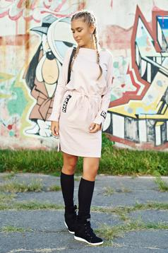 Bő szabású pamutból készült hétköznapi rózsaszínű ruha