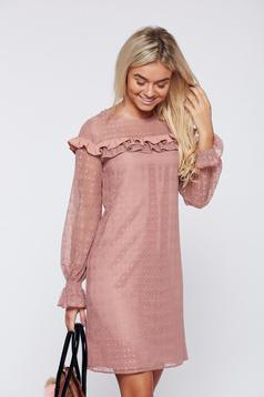 Rózsaszínű LaDonna elegáns fodros ruha csipkés anyagból