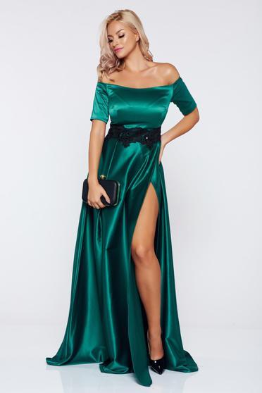 Alkalmi zöld Artista ruha szatén anyagból hímzett betétekkel