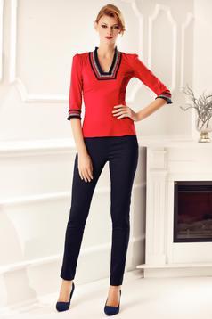 Piros Fofy irodai pamutból készült női ing hímzett betétekkel