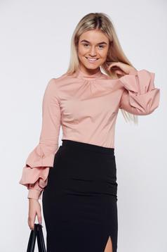 Krém LaDonna szűk szabás irodai női ing fodrozott ujjakkal