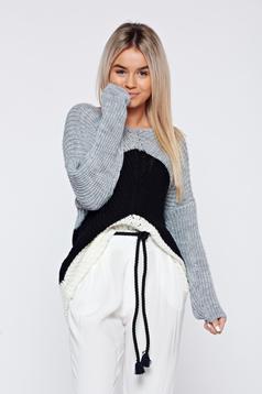 Fekete hosszú ujjú hétköznapi kötött pulóver