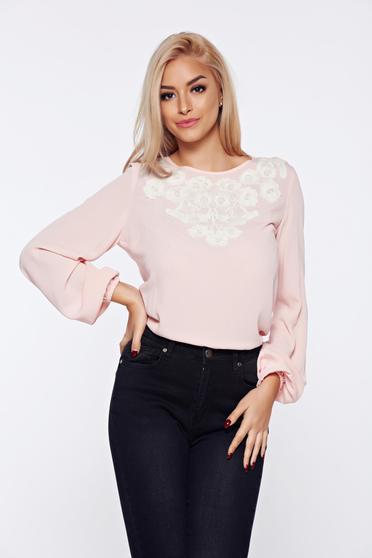 Rózsaszínű LaDonna bő szabású irodai női blúz hímzett