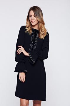 Fekete LaDonna elegáns irodai ruha fodrozott ujjakkal