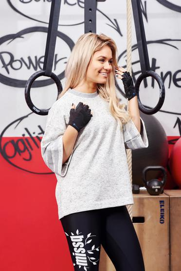 Szürke Adidas sportos háromnegyedes ujjú bő szabású női blúz