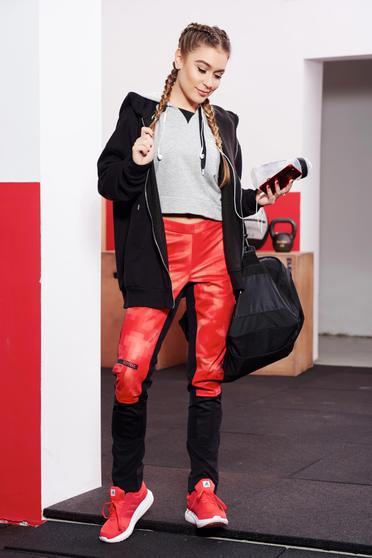 Piros Adidas sportos nadrág cipzáros zsebekkel