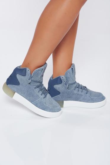 Szürke Adidas hétköznapi sport cipő fűzővel köthető meg originals