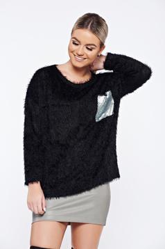 Fekete hétköznapi kötött pulóver flitteres díszítéssel