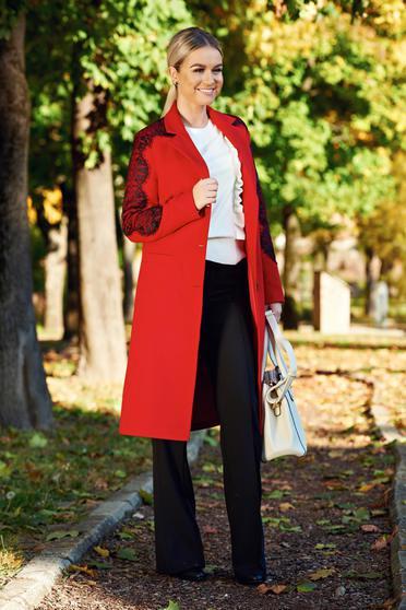 Piros LaDonna elegáns hímzet... 30990Ft 24792Ft -20%. Mustar LaDonna  elegáns hímzett egyenes nagykabát belső béléssel 2eb6419eb8