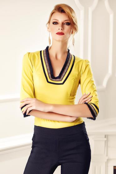 Sárga Fofy irodai pamutból készült női ing hímzett betétekkel