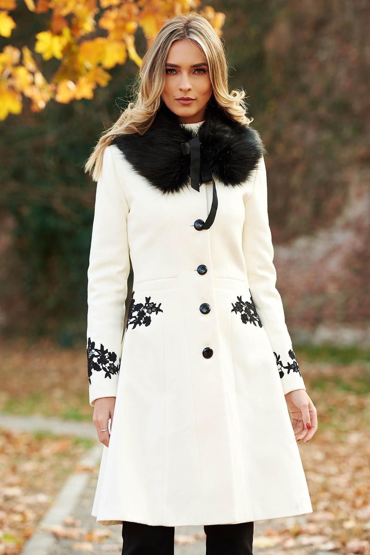dd6b883ac2 Fehér LaDonna best impulse elegáns hímzett gyapjú belső béléssel nagykabát