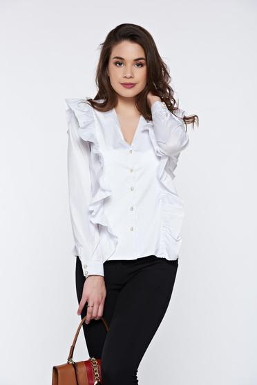Fehér PrettyGirl irodai pamutból készült női ing fodrokkal a mellrészen