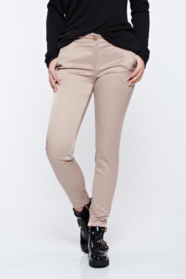 Krém PrettyGirl irodai kónikus pamutból készült nadrág normál derekú