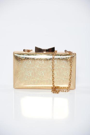 Arany alkalmi táska fémes kiegészítővel