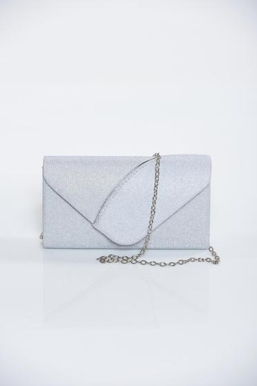 Ezüst alkalmi táska csillogó díszítések lánccal