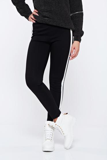 Fehér hétköznapi kónikus magas derekú nadrág függőleges csíkokkal