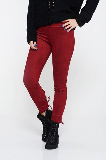 Burgundy hétköznapi kónikus nadrág velúrból alacsony derekú zsinórral van ellátva