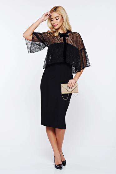 Fekete Ana Radu alkalmi ruha fodrokkal a mellrészen masni alakú kiegészítővel