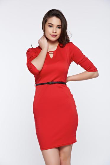 Piros PrettyGirl irodai ceruza ruha öv típusú kiegészítővel