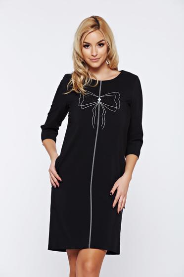 Fekete LaDonna hétköznapi bő szabás ruha hímzett betétekkel