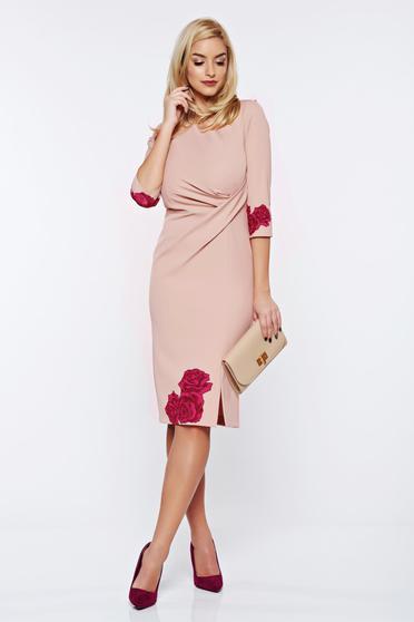 Timeless romance rózsaszínű StarShinerS elegáns virágmintás irodai ceruza ruha