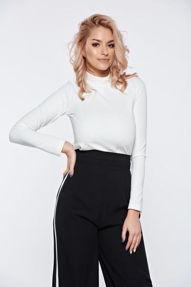 Fehér PrettyGirl hétköznapi szűk szabású magasnyakú női blúz