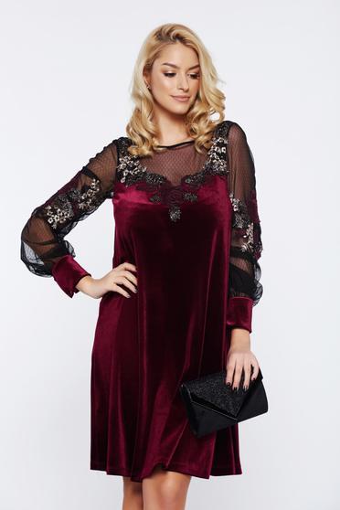 Burgundy LaDonna bő szabású alkalmi hímzett bársony ruha