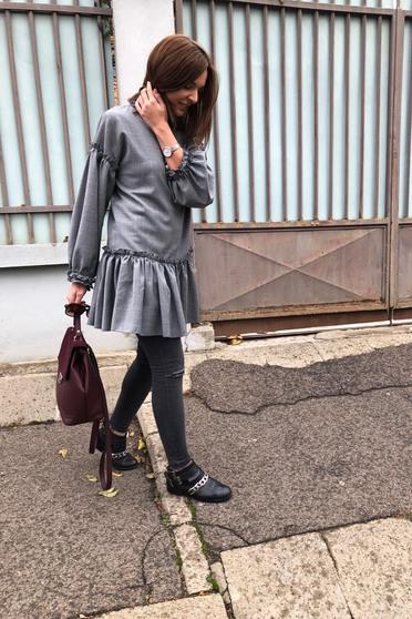 Szürke Ana Radu hétköznapi bő szabású ruha