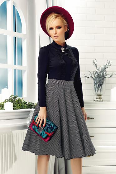 Fekete Fofy irodai pamutból készült női ing csipke díszítéssel