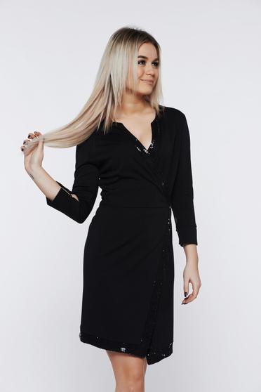 Fekete PrettyGirl elegáns átfedéses ruha flitteres díszítés
