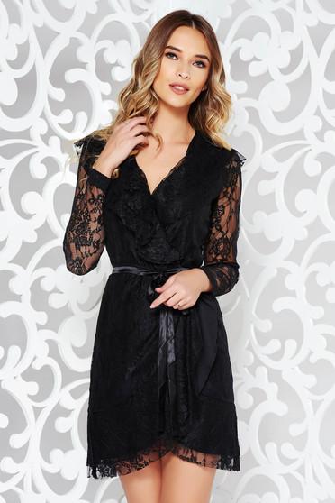 Fekete PrettyGirl ruha csipkés anyagból v-dekoltázzsal belső béléssel 4a012a85c0