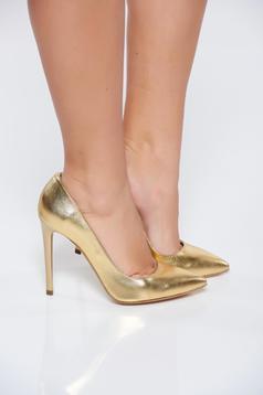 Arany stiletto magassarkú cipő