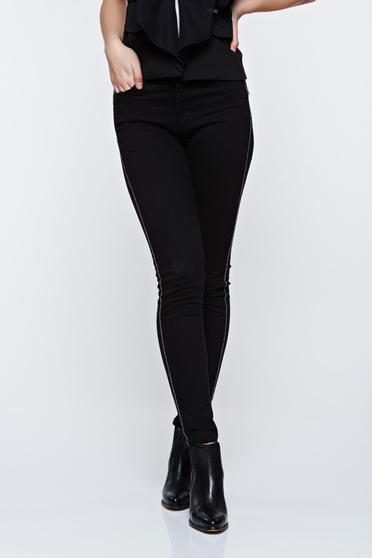 Fekete Top Secret hétköznapi kónikus nadrág zsebekkel