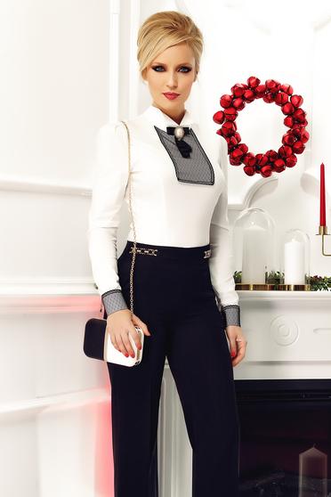 Fehér Fofy női ing irodai csipke díszítéssel bross kiegészítővel
