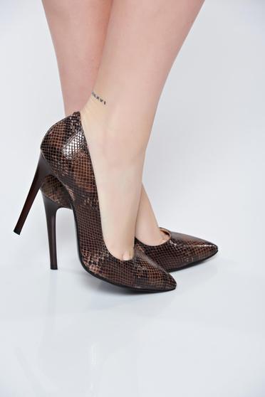 Barna stiletto magassarkú cipő
