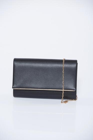 Fekete alkalmi fémes jelleg táska lánccal