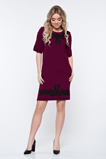 Lila LaDonna elegáns zsebes ruha hímzett betétekkel