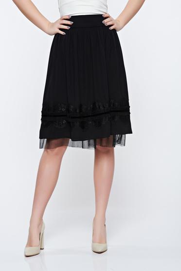 Fekete LaDonna elegáns harang szoknya csipke díszítéssel