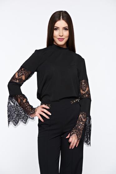 Fekete StarShinerS elegáns női blúz harang ujjakkal csipkés anyagból