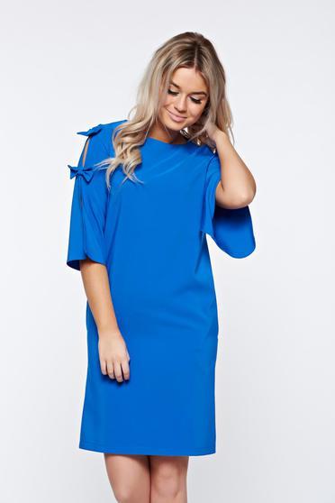 Kék LaDonna elegáns bő szabásu ruha kivágott ujjrészel