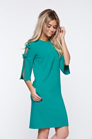 Zöld LaDonna elegáns bő szabás ruha kivágott ujjrész