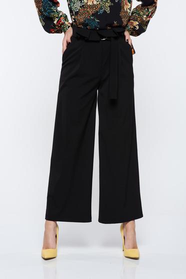 Fekete PrettyGirl elegáns nadrág deréktól bővülő szabás magas derekú