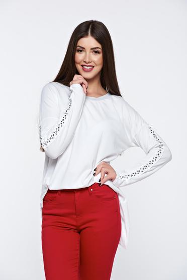 Fehér casual női blúz fémes szegecsekkel rugalmas pamut