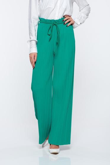 Zöld nadrág lenge anyagból derékban rugalmas rakott magas derekú