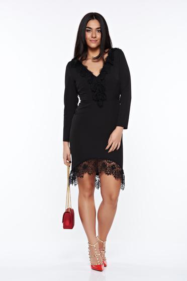 Fekete elegáns ceruza ruha csipke díszítéssel enyhén rugalmas anyag