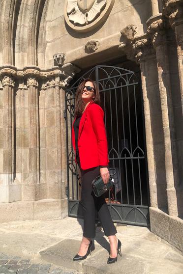 Piros Artista irodai blézer belső béléssel kiegészítőkkel ellátott zsebek rugalmatlan szövet
