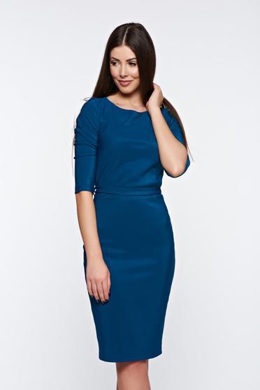 Kék elegáns PrettyGirl ceruza ruha övvel ellátva rugalmas anyag