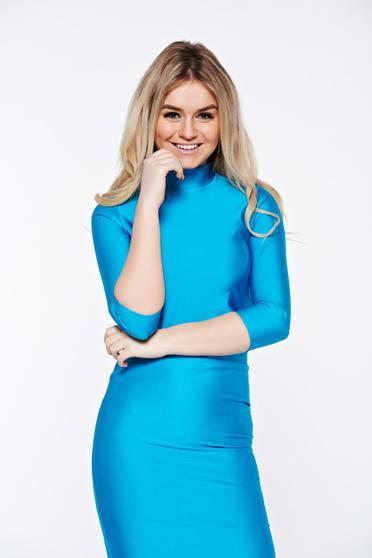 Kék PrettyGirl casual magasnyakú női blúz szűk szabás rövid