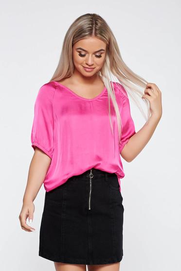 Pink casual póló bő szabású asszimmetrikus szabással szatén anyagból